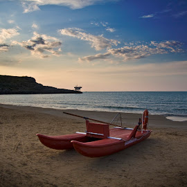 by Alessandro Calzolaro - Landscapes Waterscapes ( sunset, moscone, summer, beach, boat, italy )