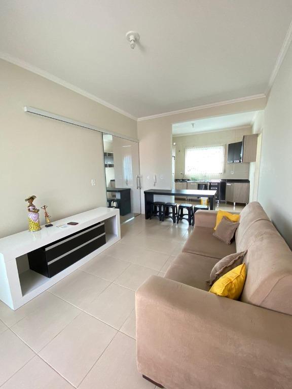 Apartamento com 2 dormitórios à venda, 65 m² por R$ 200.000,00 - Universitário - Tijucas/SC