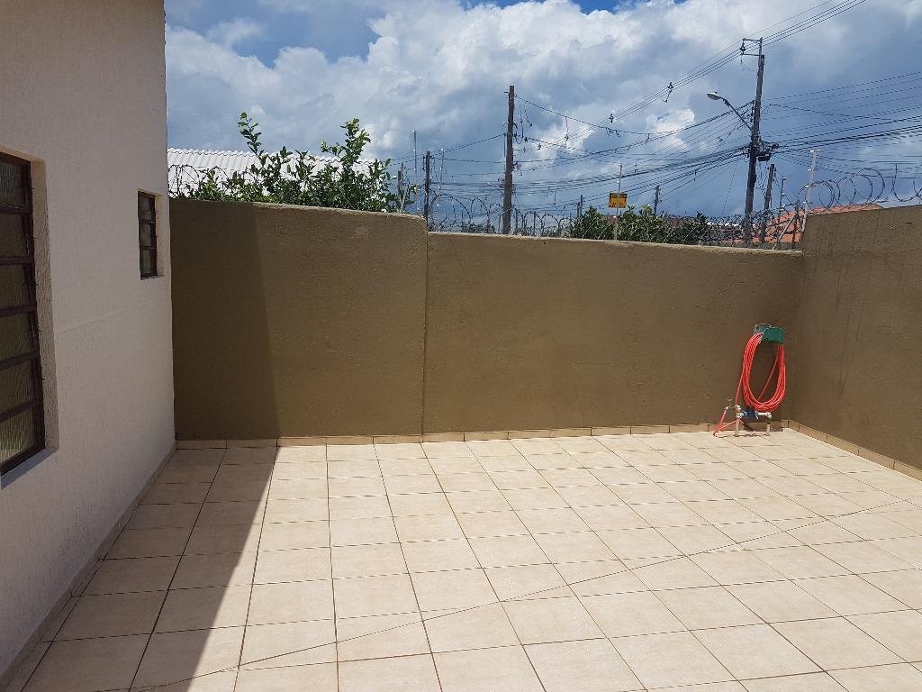 Casa / Sobrado à Venda - Cajuru