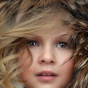 ofera furry by Julian Markov - Babies & Children Child Portraits ( ofera )