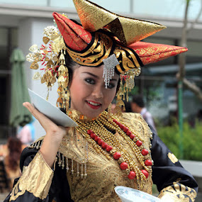 gadih minang by Mendra Ha - People Portraits of Women