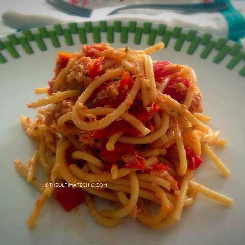 10-Minute Spaghetti With Cherry Tomatoes