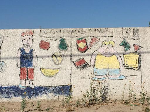 Mural Comer Sano
