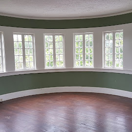 round bedroom by Christina McGeorge - Buildings & Architecture Other Interior ( round, windows )
