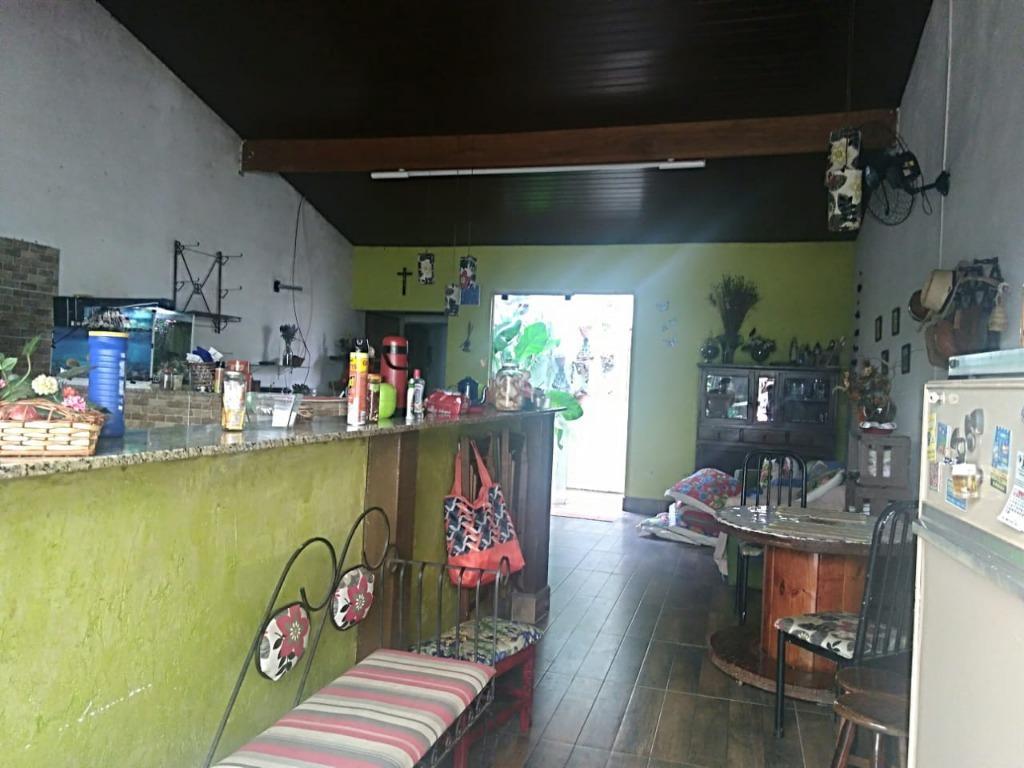 Casa com quartos para Alugar, 130 m²