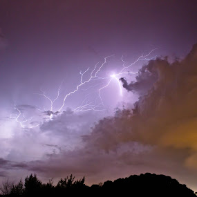 Lightning light by Mohd Hisyam Saleh - Landscapes Cloud Formations ( lightning, port dickson, 2012, cloud, light )