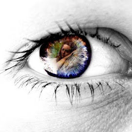 Eyes tell a story  by Samantha Pridham-Meier - Web & Apps App Icons