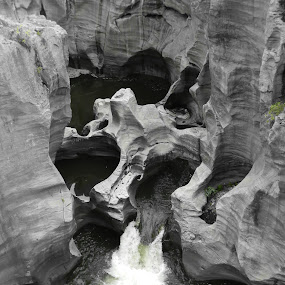 by Kirsty Wilkins - Novices Only Landscapes ( bourke's luck potholes )