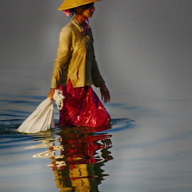 Fisher woman , myanmar by Jeece Gallay - People Portraits of Women ( water, mandalay, myanmar, fisherman )