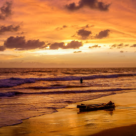 Sunset at the Indian Ocaen by Sergey Sibirtsev - Landscapes Beaches ( water, sky, great, goa, sunset, lanscape, beautiful, water surf, ocean, india, beach, skyscape, , relax, tranquil, relaxing, tranquility )