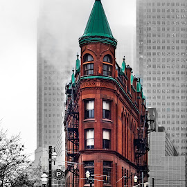 Flat Iron Toronto by Darren Sutherland - Buildings & Architecture Public & Historical