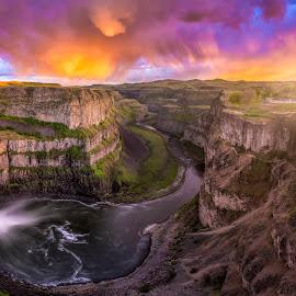 Epic palouse falls sunset by Nick Page - Landscapes Waterscapes ( palouse falls, color, sunset, waterfall, landscapes )