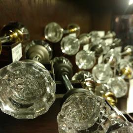 Turnmeon by Gene Richardson - Artistic Objects Glass
