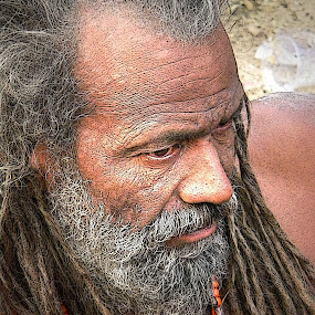 AN OLD MONK............ by Arunabha Kundu - People Street & Candids ( pratiki, soham, arijit, arnab, dipankar )