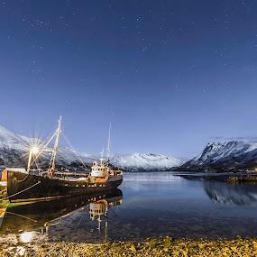 Veslegut by Benny Høynes - Transportation Boats ( easter, veteran, stars, pier, sea, night, boat, norway )