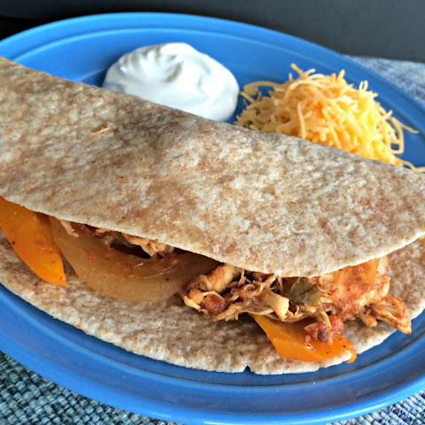 Chicken Fajitas {Slow Cooker}