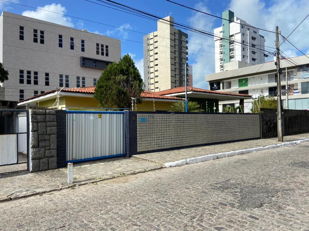 Casa para alugar, 145 m² por R$ 4.000,00/mês - Manaíra - João Pessoa/PB