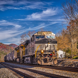 Knoxville Bound by Pat Lasley - Transportation Trains ( speed, coal, fall, engines, train, transportation )
