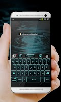 Screenshot of Black and Blue GO Keyboard