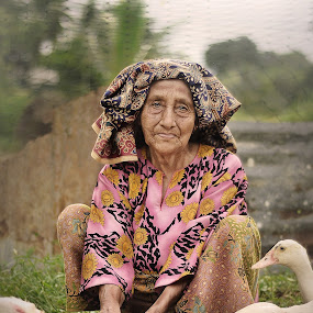 old time by Iba  Kakipuqo - People Portraits of Women
