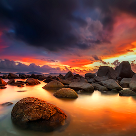 Cloudy at sunset by Dany Fachry - Landscapes Beaches