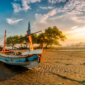 Lonely by Dhiean Kukuh - Transportation Boats
