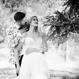 The whisper by Klaudia Klu - Wedding Bride & Groom