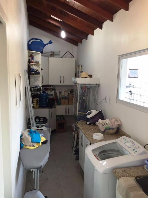 Metta Imobiliária - Casa 5 Dorm, Sambaqui (CA0493) - Foto 5
