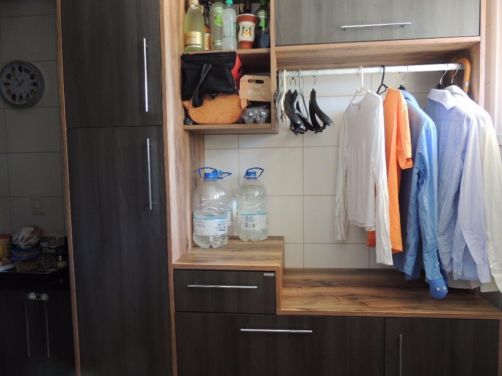 Apartamento de 2 dormitórios em Vila Nova, Novo Hamburgo - RS