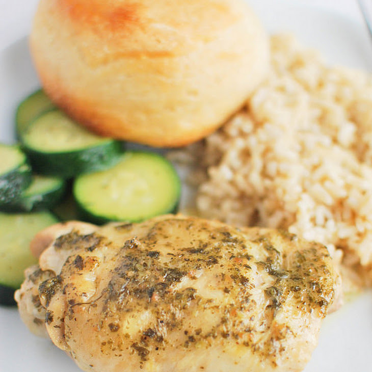 Crockpot Pesto Ranch Chicken Thighs Recipe | Yummly