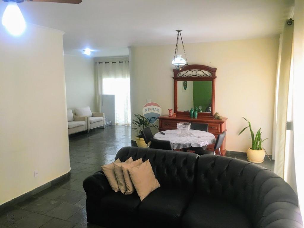 Casa para Venda 231 m²  com 3 quartos