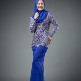 by WanUkay Perdana - People Fashion ( studio, makeup, malaysia, fashion photography, portrait )