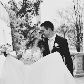 Damjan and Ana by Nikola Rudic - Wedding Bride & Groom ( bride, wedding dress, beograd, groom, wedding photographer, wedding photos destination, vencanje, wedding, black and white )