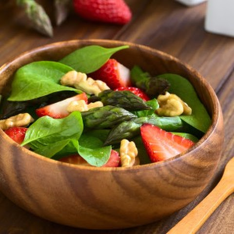 Spinach Salad with Asparagus & Strawberries