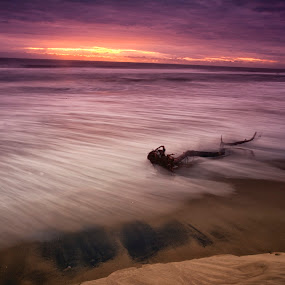 Sunrise by Cristobal Garciaferro Rubio - Landscapes Waterscapes ( clouds, water, waves, sea, sunrise, seaside, sun )