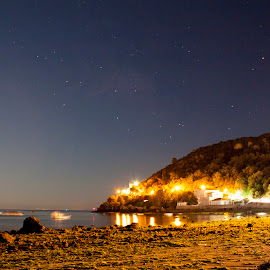 Counting Stars by Olivério Pires - Landscapes Waterscapes ( hill, setubal, stars, pires. olivério, sea side, land, night, portugal, photo, noite )