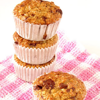 Healthy Chocolate Chip Oatmeal Cupcakes