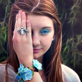 covering eye by Lize Hill - Digital Art People