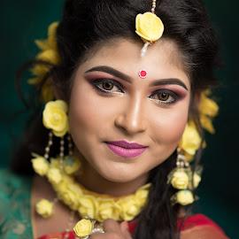 The Floral Princess by Rathin Halder - People Portraits of Women ( studio, bride, woman, portraits, bengali, indian, canon, smile )