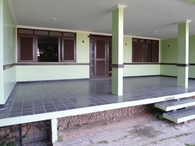 Casa / Sobrado à Venda - Vila União