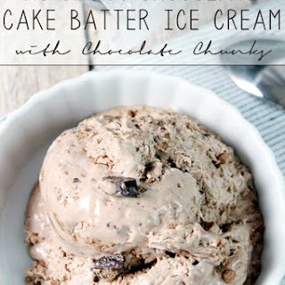 {No-Churn} Chocolate Cake Batter Ice Cream with Chocolate Chunks