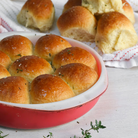Lemon Herb Dinner Rolls