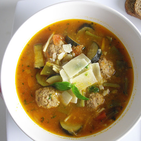 Pistou Soup with Meatballs