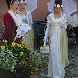 Vintage ladies by Simo Järvinen - People Street & Candids ( ladies, female, vintage, outdoor, street, candid, women, people )