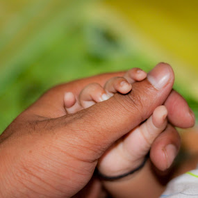 I'll Never leave your hand by Md Mukibul Islam - People Body Parts ( eternal love, baby hand, hands, pwchands, infants )