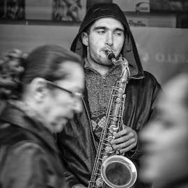 It's hard work for artist by Nenad Borojevic Foto - People Street & Candids ( woman, artist, saxophone, man, sax, women )