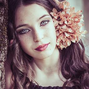 Bruna by Fernanda Magalhaes - People Portraits of Women ( amazing, events, retrato, beauty, close up, portrait, eyes )