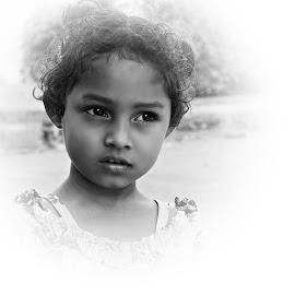 Munni by Prasanta Das - Babies & Children Child Portraits ( girl child, young, portrait )