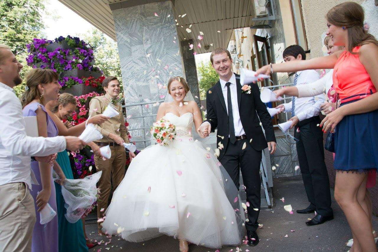 Программа на свадьбу сценарий для ведущего