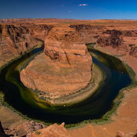 Horseshoe by John M. Larson - Landscapes Deserts ( canon, green, canyon, wide, page arizona, horseshoe, colorado river, red, page, wide angle, arizona, horseshoe bend, natural, river )